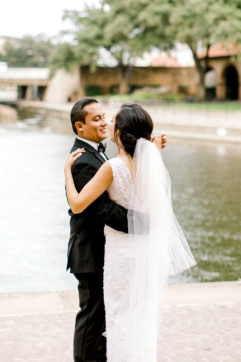 nylo-las-colinas-wedding-bety-luis-dallas-wedding-photographer-kaitlyn-bullard-56.jpg