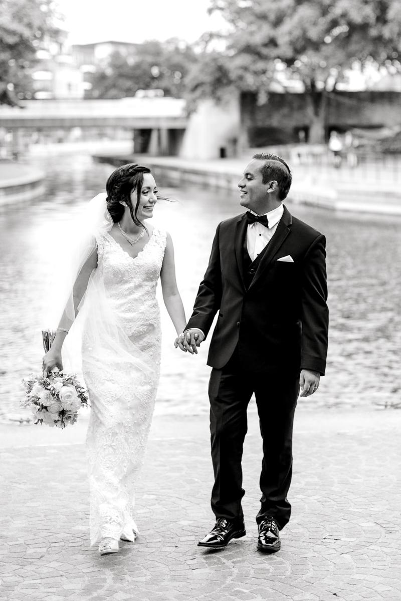 nylo-las-colinas-wedding-bety-luis-dallas-wedding-photographer-kaitlyn-bullard-59.jpg