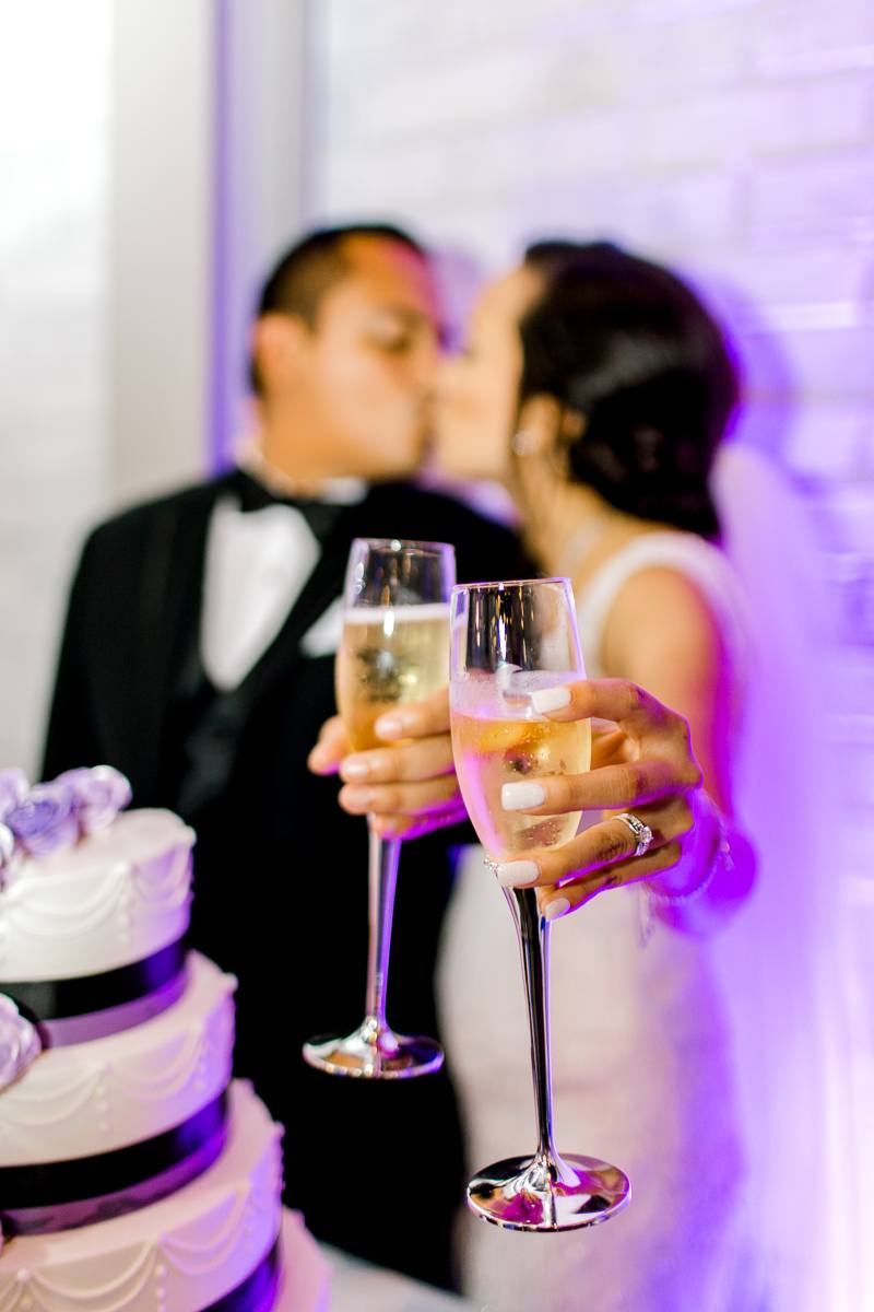 nylo-las-colinas-wedding-bety-luis-dallas-wedding-photographer-kaitlyn-bullard-83.jpg