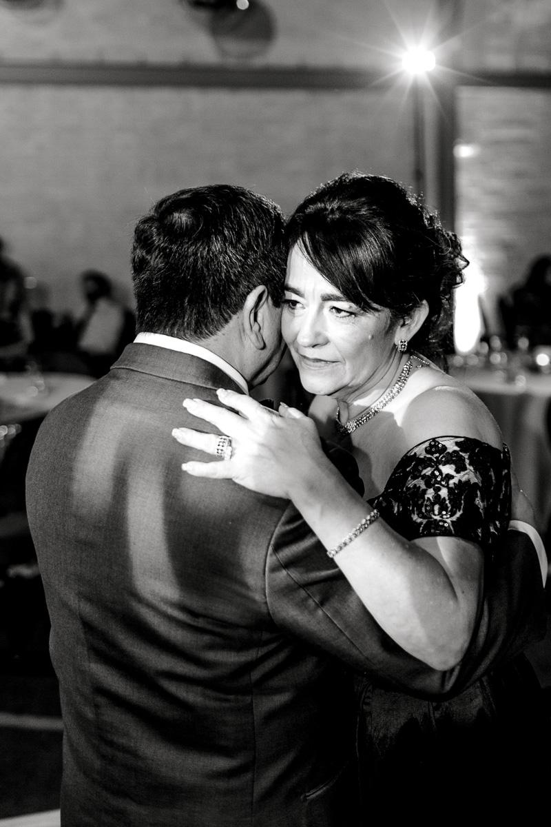 nylo-las-colinas-wedding-bety-luis-dallas-wedding-photographer-kaitlyn-bullard-88.jpg