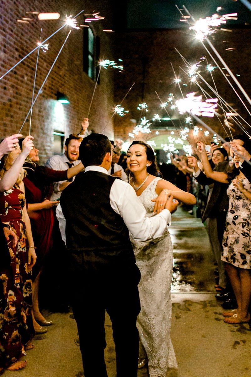 nylo-las-colinas-wedding-bety-luis-dallas-wedding-photographer-kaitlyn-bullard-89.jpg