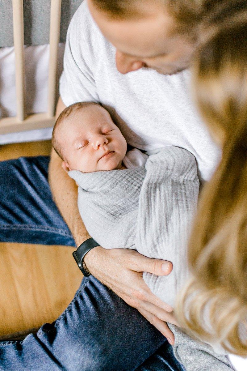 riplee-lifestyle-newborn-plano-newborn-photographer-25.jpg