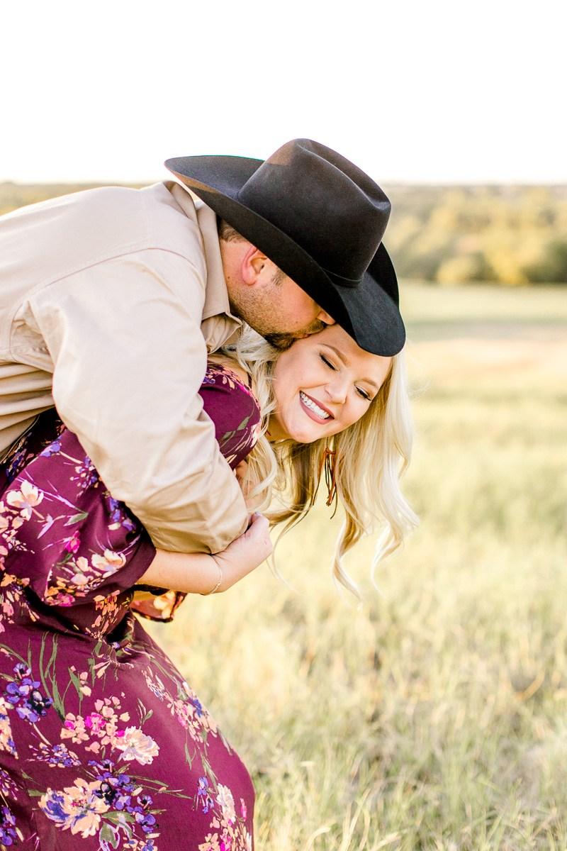 rural-engagement-photos-weatherford-texas-wedding-photographer-kaitlyn-bullard-22.jpg