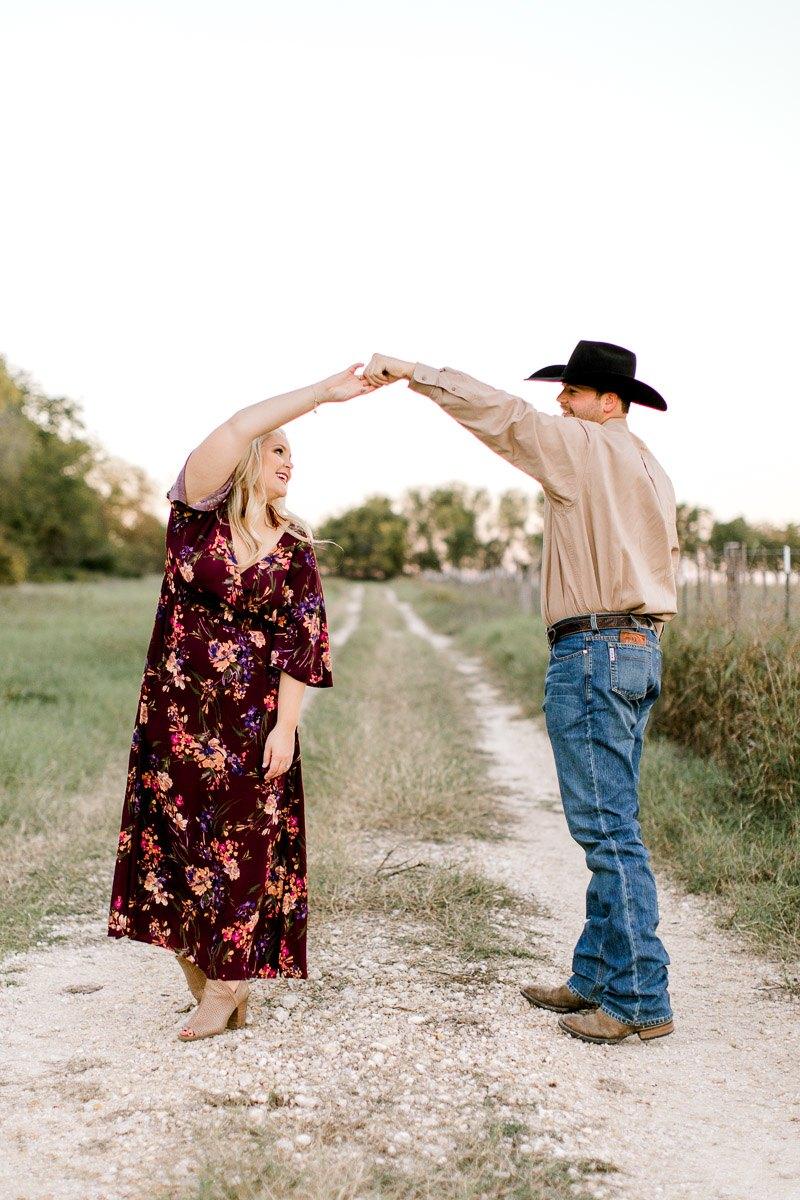 rural-engagement-photos-weatherford-texas-wedding-photographer-kaitlyn-bullard-30.jpg
