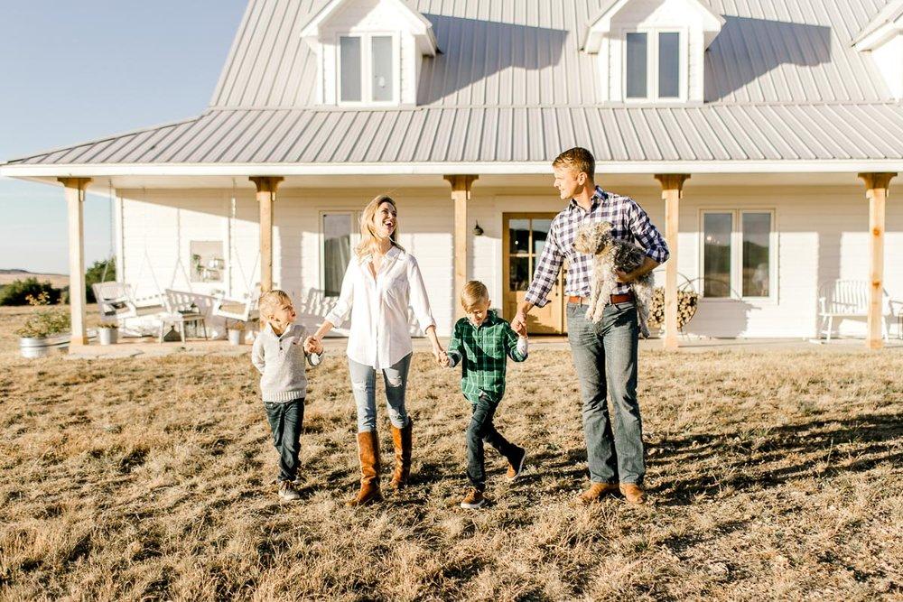 the-festive-farmhouse-blog-alli-aars-lifestyle-44.jpg