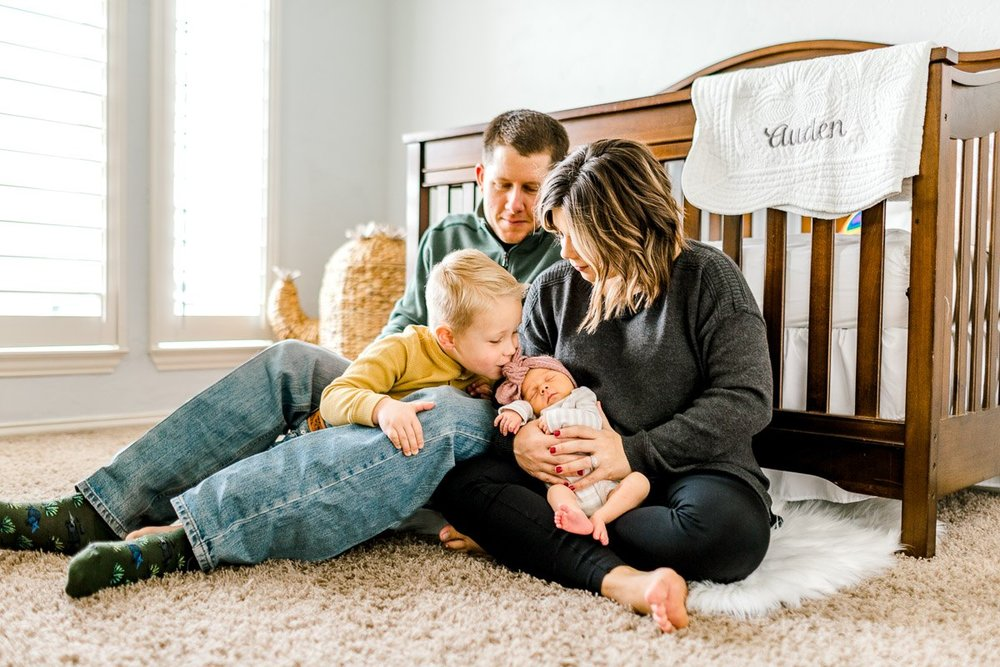 dallas-lifestyle-newborn-photographer-auden-19.jpg