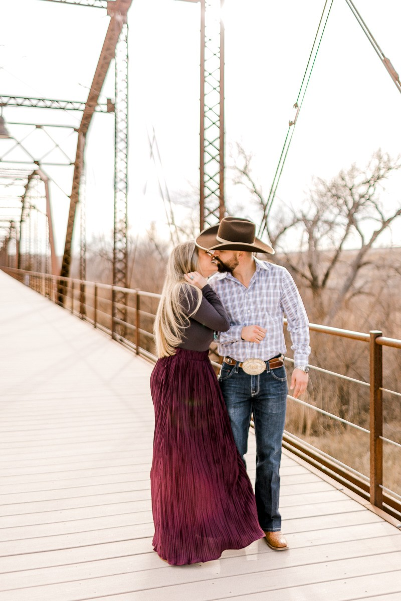 texas-panhandle-engagement-photographer-alissa-hartsfield-byron-hoover-2.jpg