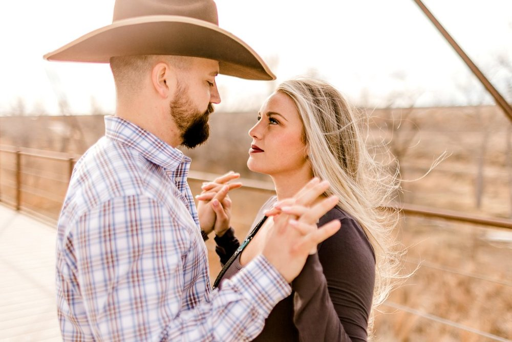 texas-panhandle-engagement-photographer-alissa-hartsfield-byron-hoover-8.jpg