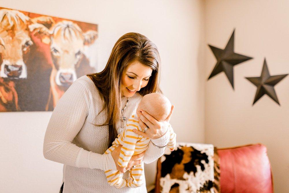 denton-newborn-photographer-brooks-lifestyle-newborn-12.jpg