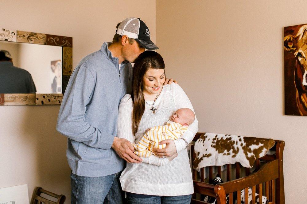 denton-newborn-photographer-brooks-lifestyle-newborn-16.jpg