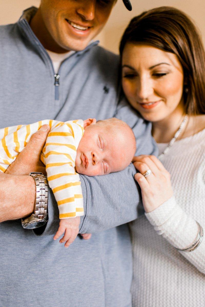 denton-newborn-photographer-brooks-lifestyle-newborn-19.jpg