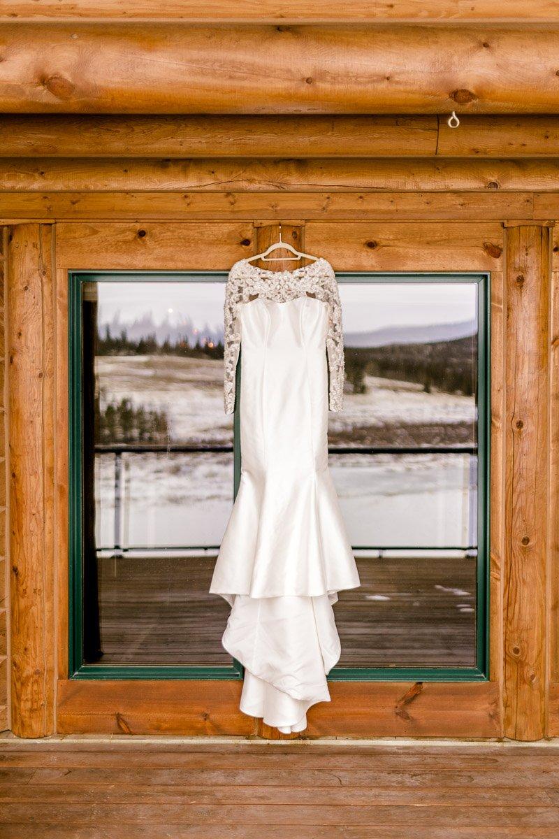 a-b-breckenridge-wedding-sapphire-point-overlook-colorado-destination-wedding-photographer-1.jpg