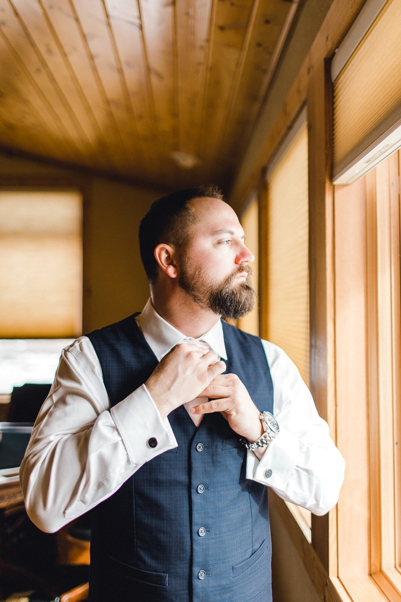 a-b-breckenridge-wedding-sapphire-point-overlook-colorado-destination-wedding-photographer-6.jpg