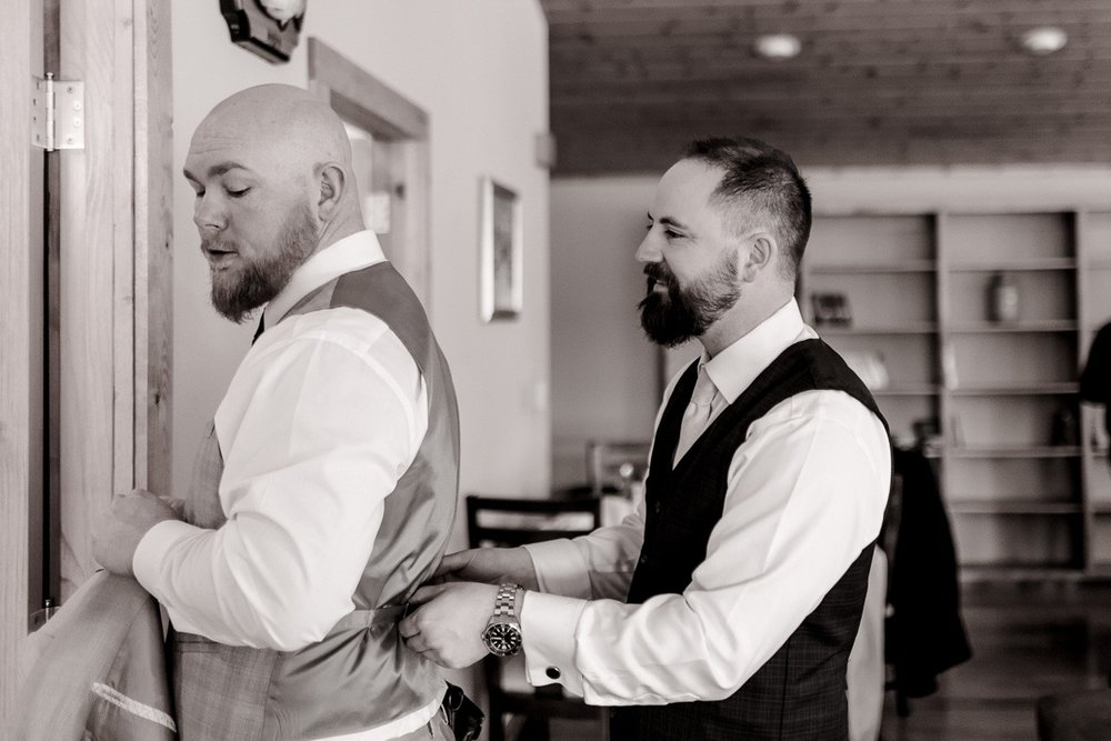 a-b-breckenridge-wedding-sapphire-point-overlook-colorado-destination-wedding-photographer-9.jpg