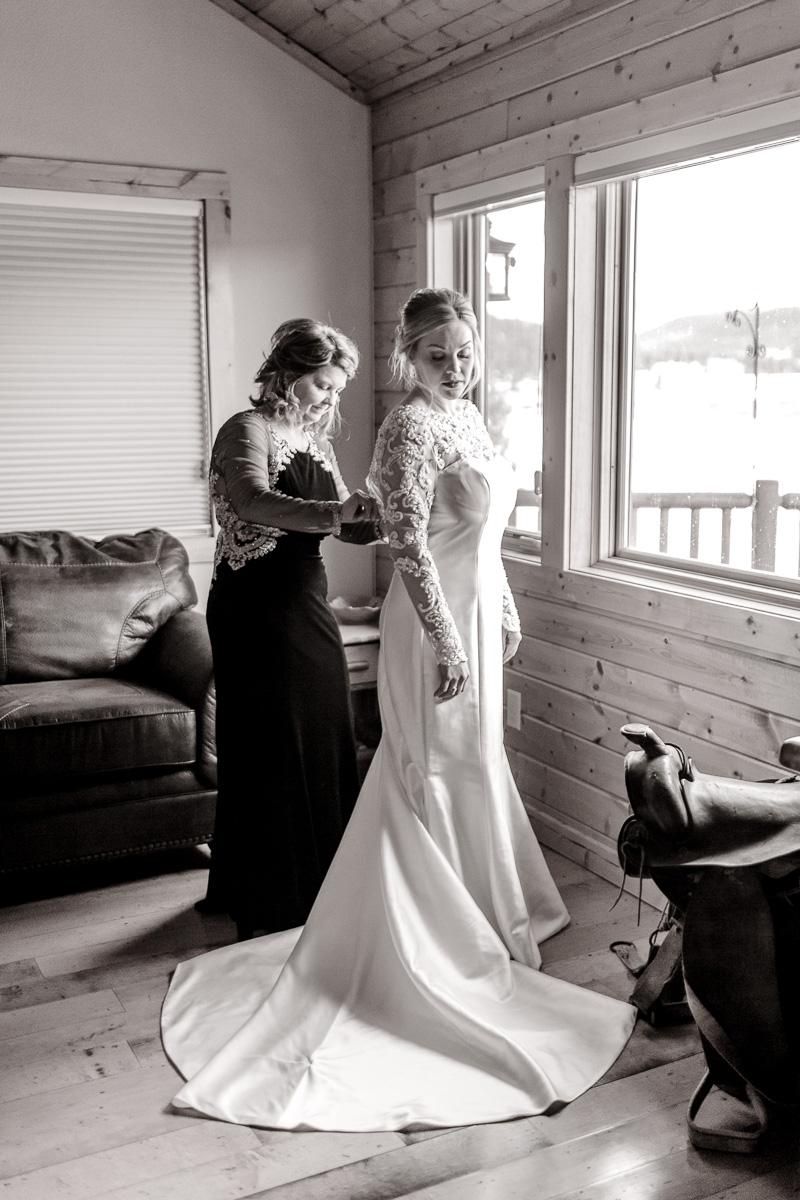 a-b-breckenridge-wedding-sapphire-point-overlook-colorado-destination-wedding-photographer-10.jpg