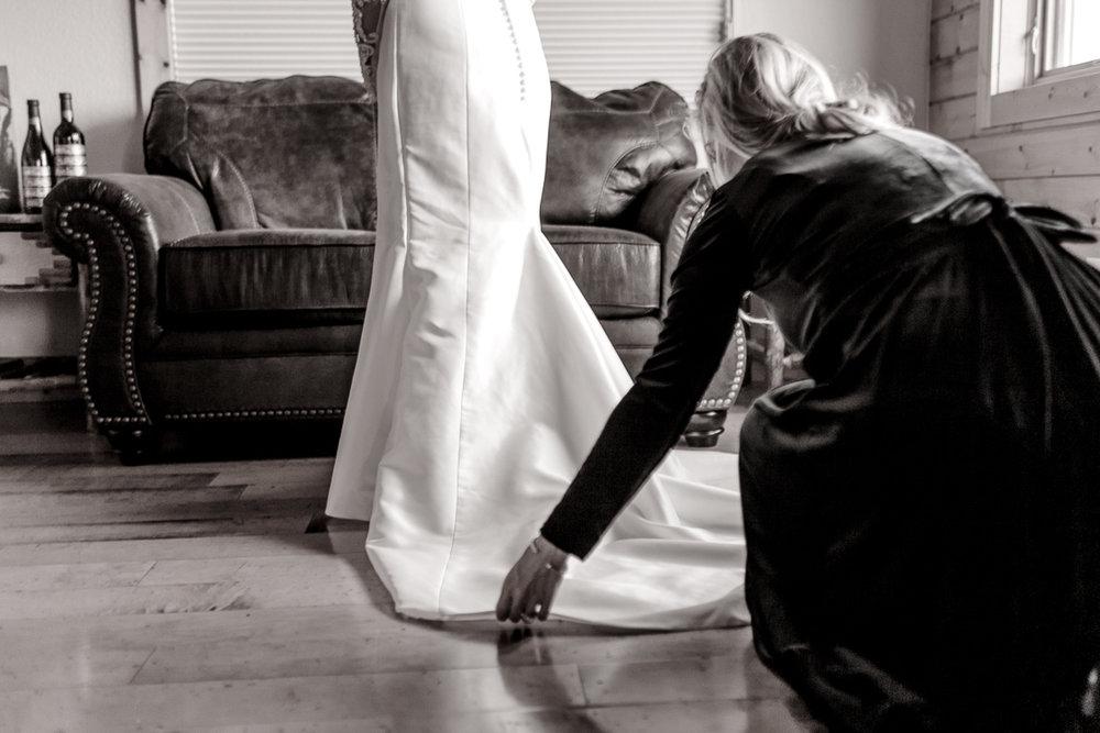 a-b-breckenridge-wedding-sapphire-point-overlook-colorado-destination-wedding-photographer-12.jpg