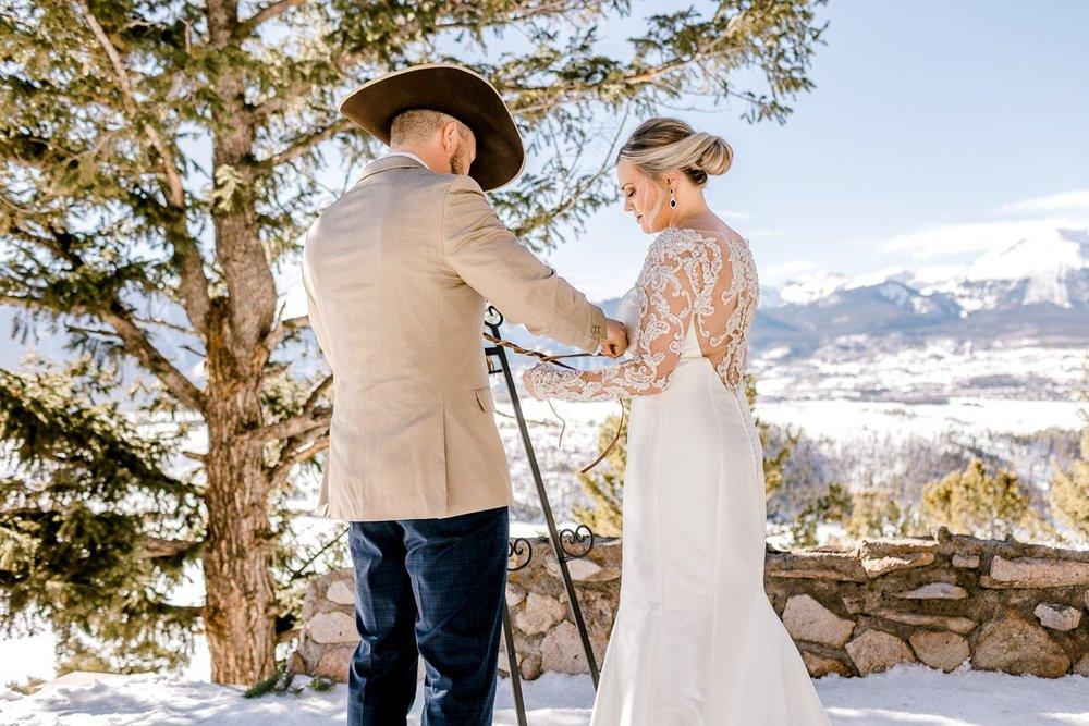 a-b-breckenridge-wedding-sapphire-point-overlook-colorado-destination-wedding-photographer-18.jpg