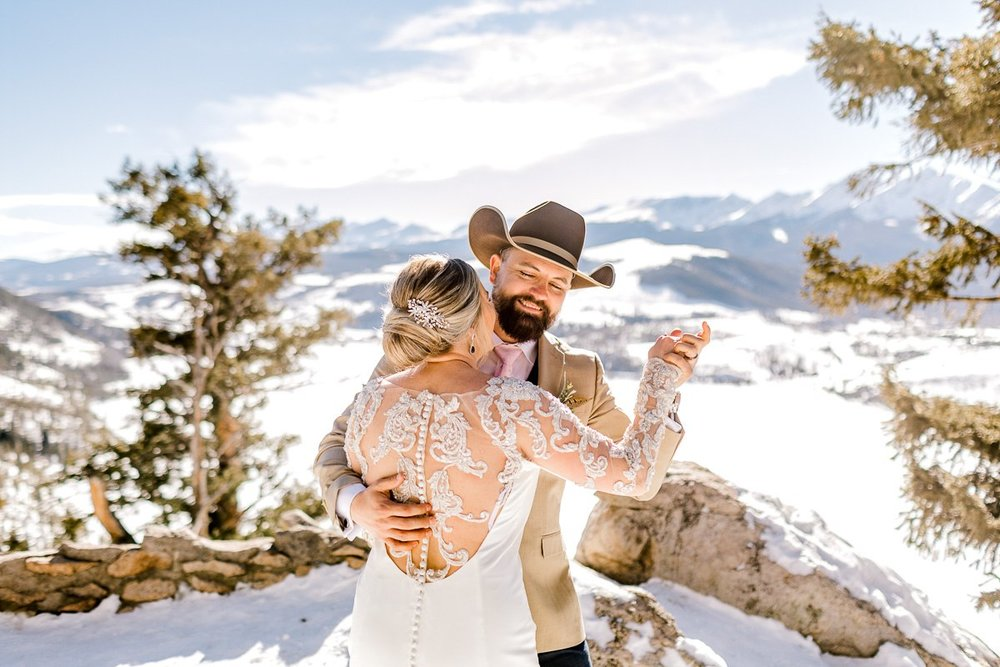 a-b-breckenridge-wedding-sapphire-point-overlook-colorado-destination-wedding-photographer-28.jpg