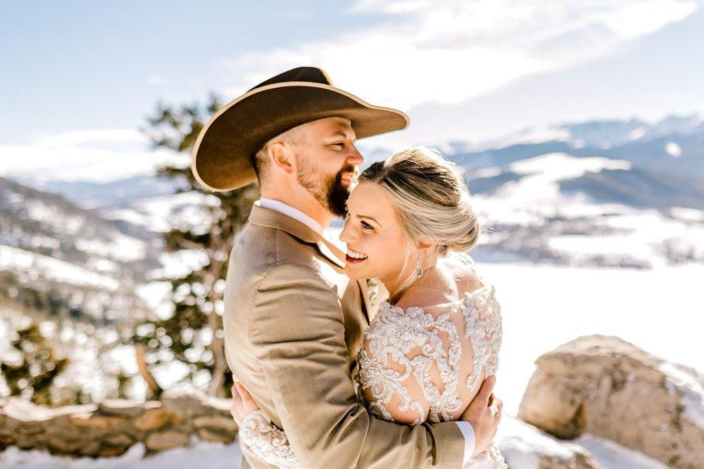 a-b-breckenridge-wedding-sapphire-point-overlook-colorado-destination-wedding-photographer-29.jpg