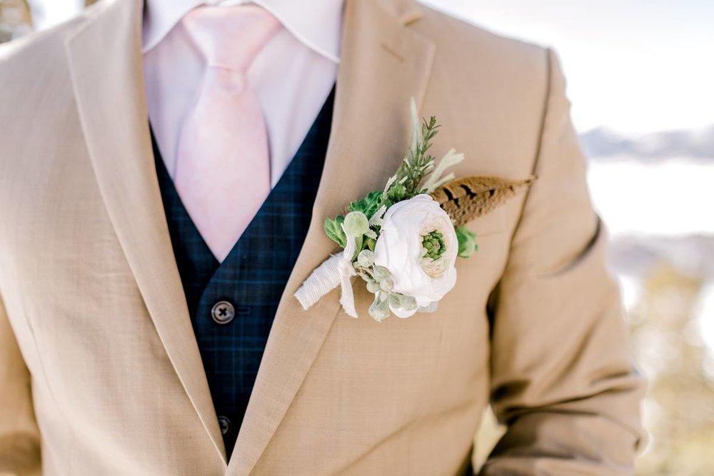 a-b-breckenridge-wedding-sapphire-point-overlook-colorado-destination-wedding-photographer-31.jpg