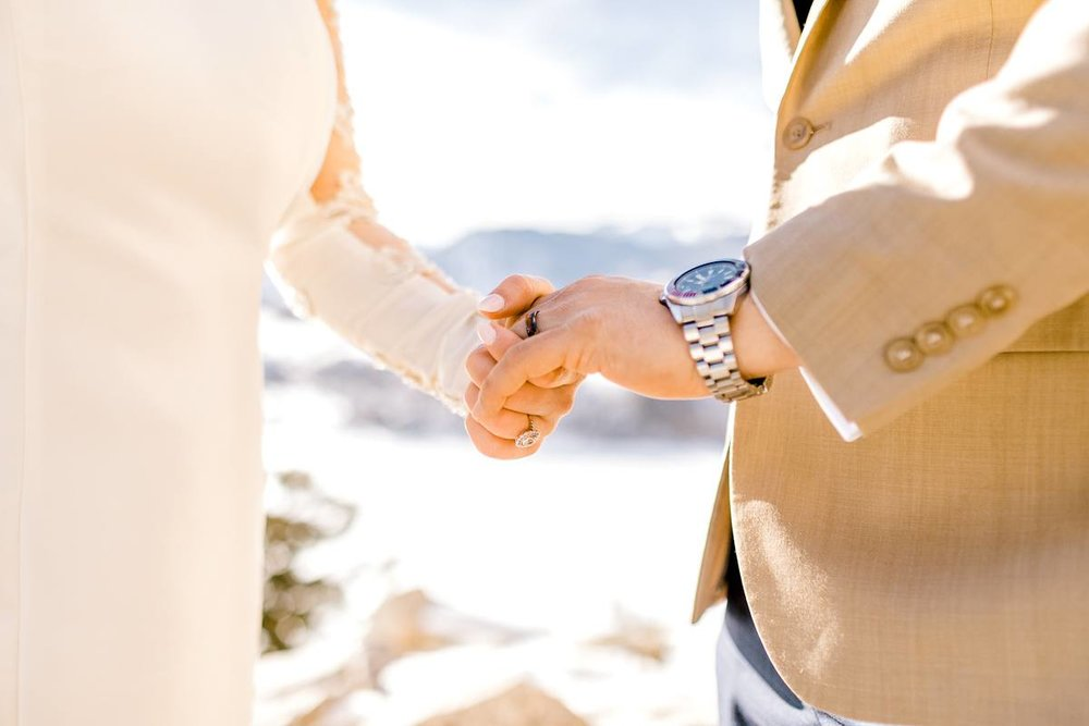 a-b-breckenridge-wedding-sapphire-point-overlook-colorado-destination-wedding-photographer-48.jpg