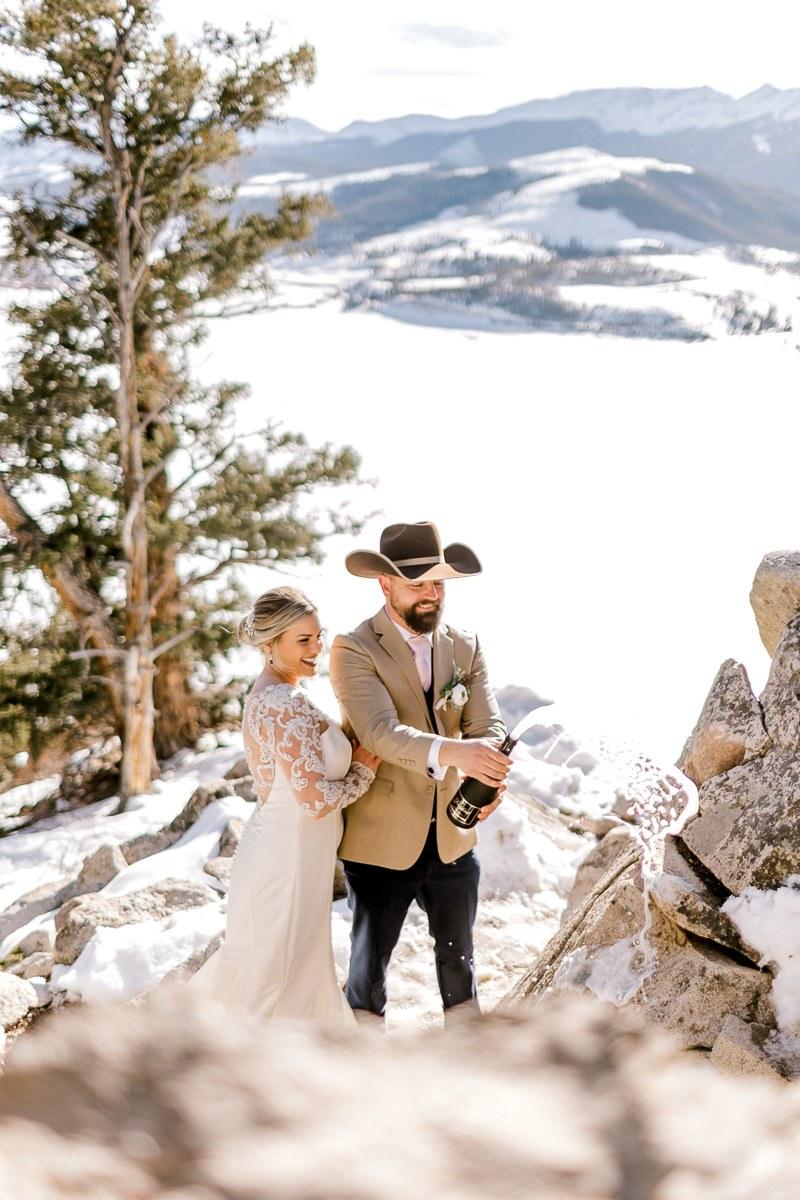 a-b-breckenridge-wedding-sapphire-point-overlook-colorado-destination-wedding-photographer-54.jpg