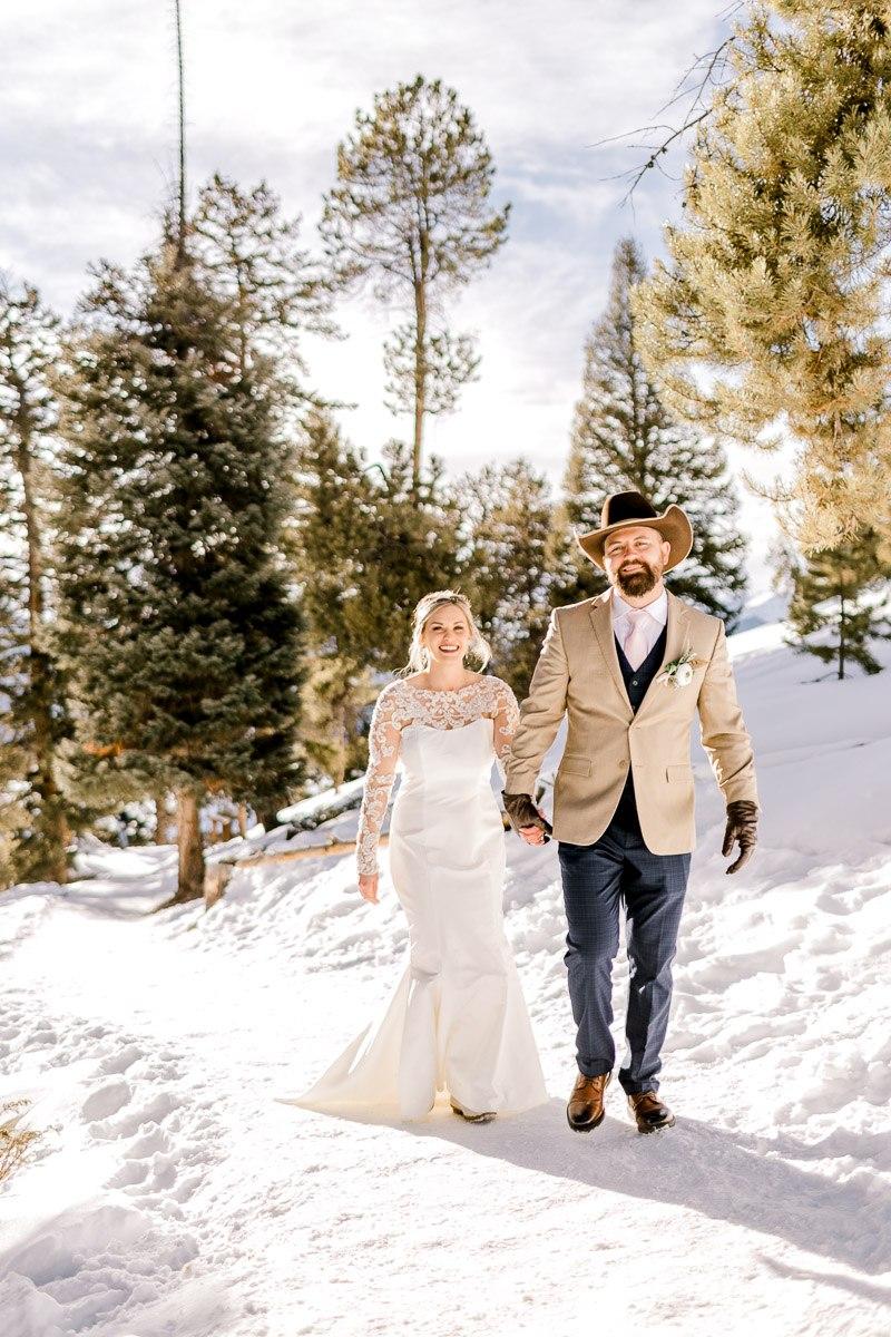 a-b-breckenridge-wedding-sapphire-point-overlook-colorado-destination-wedding-photographer-57.jpg