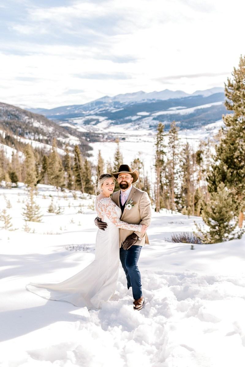 a-b-breckenridge-wedding-sapphire-point-overlook-colorado-destination-wedding-photographer-58.jpg