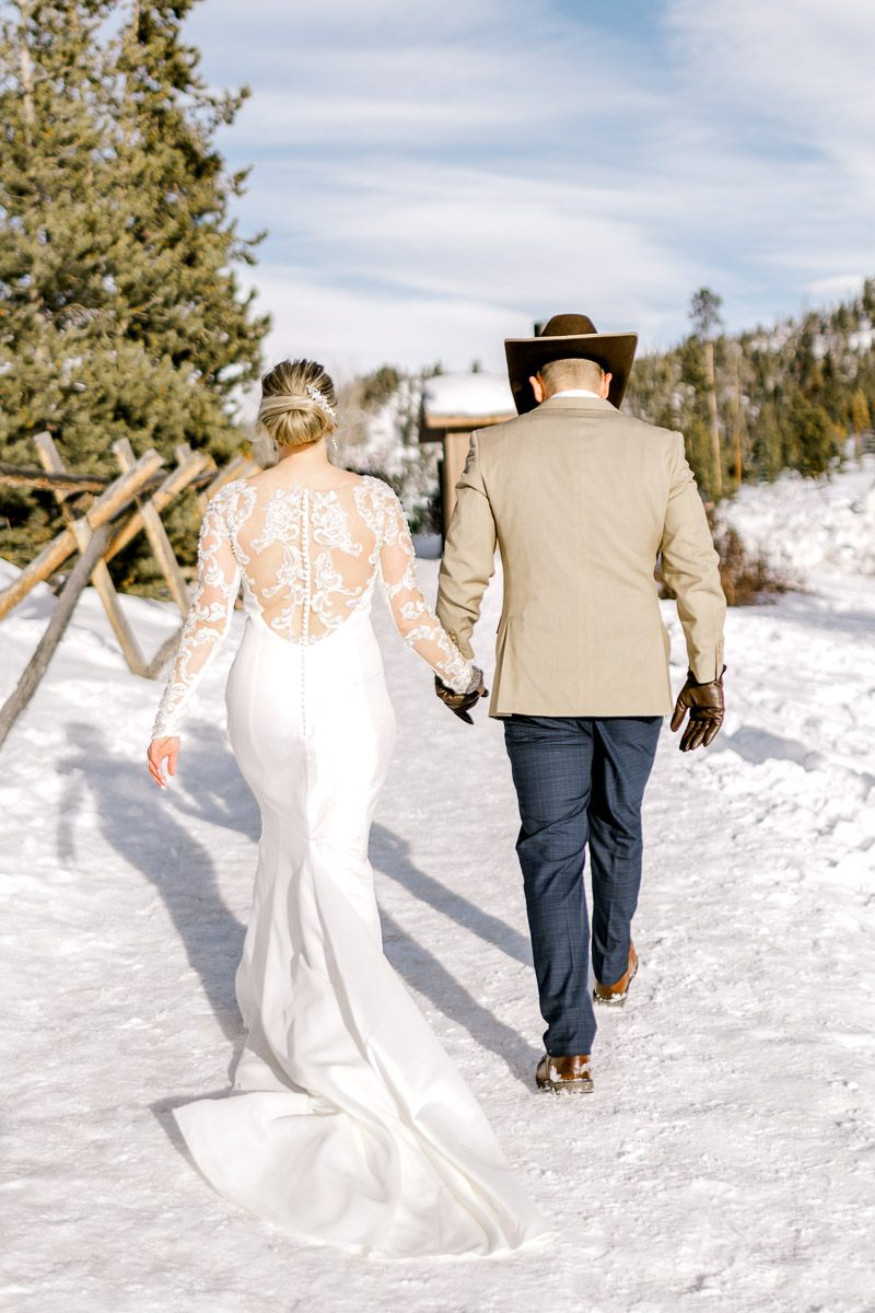 a-b-breckenridge-wedding-sapphire-point-overlook-colorado-destination-wedding-photographer-61.jpg