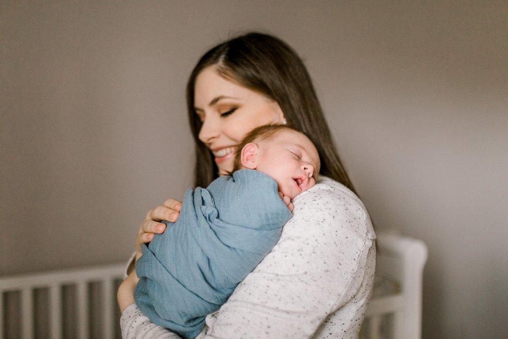 plano-newborn-photographer-lifestyle-newborn-kaitlyn-bullard-19.jpg