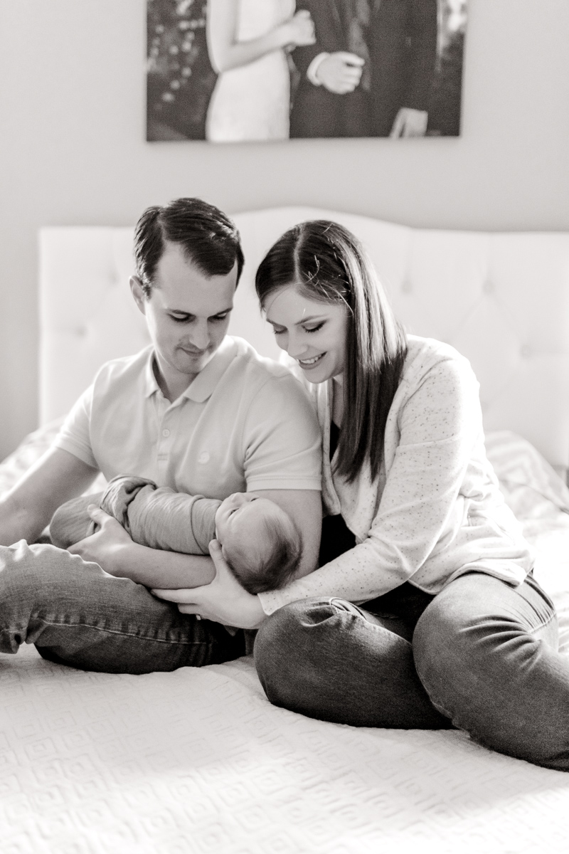 plano-newborn-photographer-lifestyle-newborn-kaitlyn-bullard-27.jpg