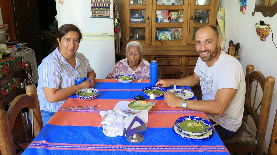 host fam Oxaca .JPG