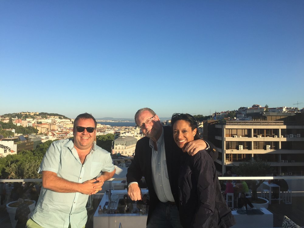 Sheree mitchell with the travel detective Peter Greenberg and friends at skybar hotel tivoli in lisbon