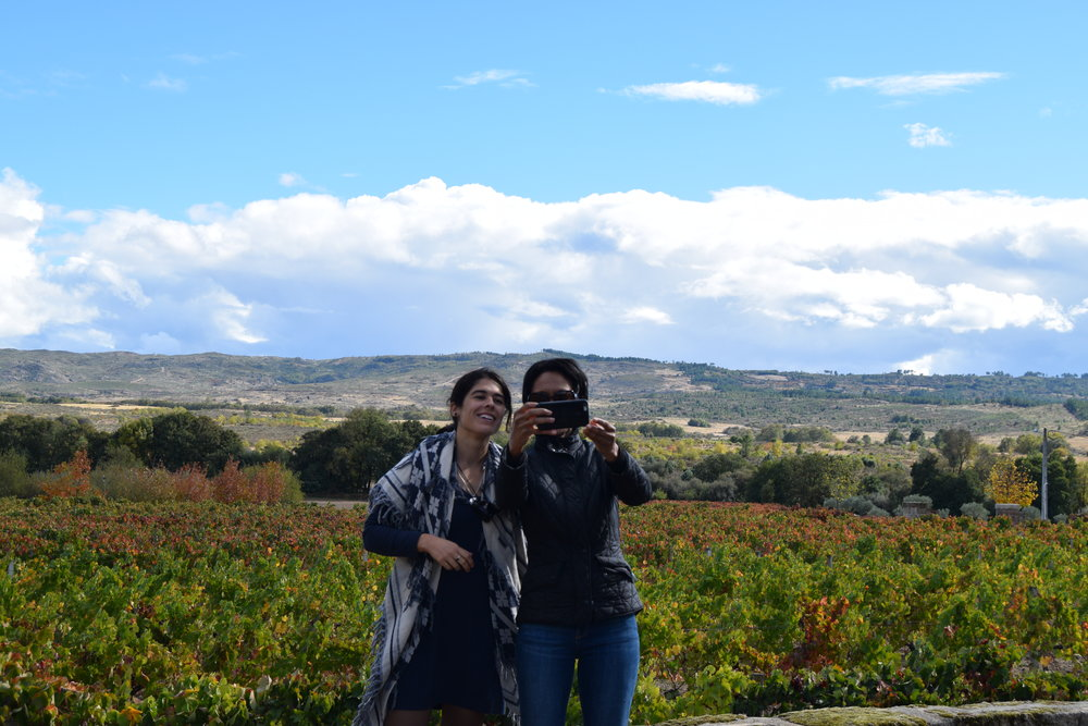 Sheree M. Mitchell and new friend taking seflies after the wine tasting at Quinta dos Termos