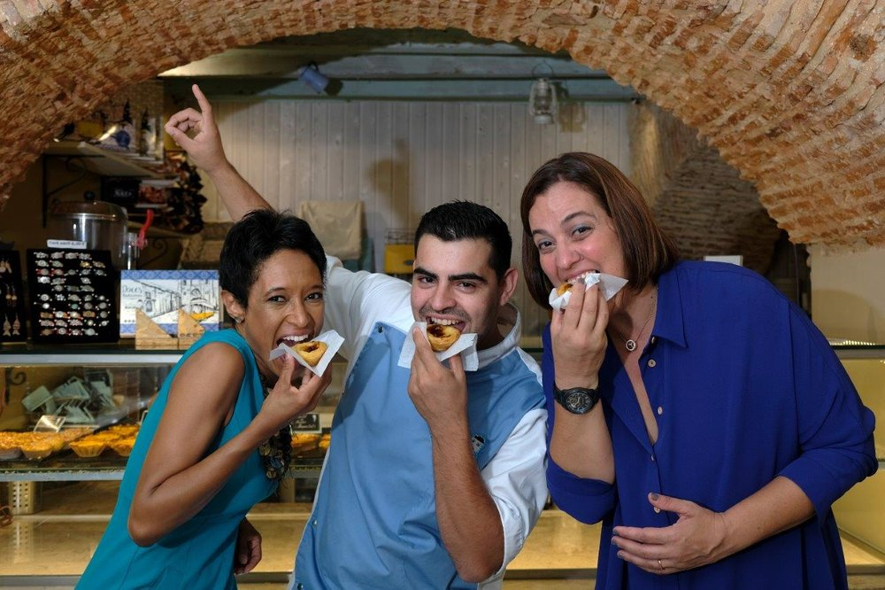 Sheree M. Mitchell (L), Chef João Batalha (C), Ana Nogueira (R), Pastelaria Batalha Pasteis de Nata Workshop, Lisbon, Portugal. Photographer:    Paulo Petronilho