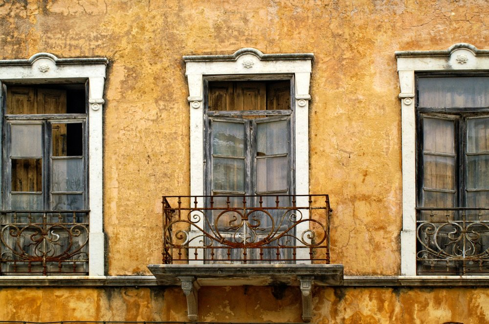balcony_Portugal_Vintage_Old Home_High Res.jpg