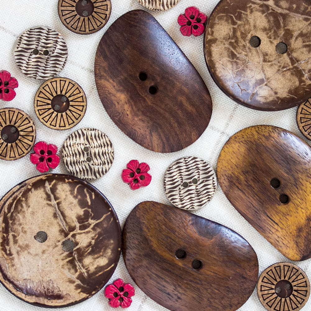 Wooden buttons avaialble from Fine Fettle Fibres in Northumberland