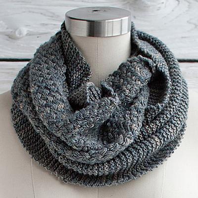 MANOS-del-uruguay-knitting-pattern-CESTA-COWL.jpg
