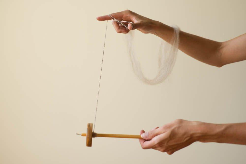 making2-drop-spindle.jpg