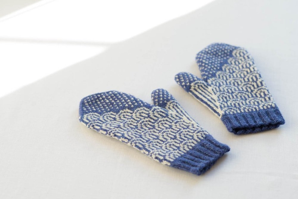 making3-waves-mittens.jpg