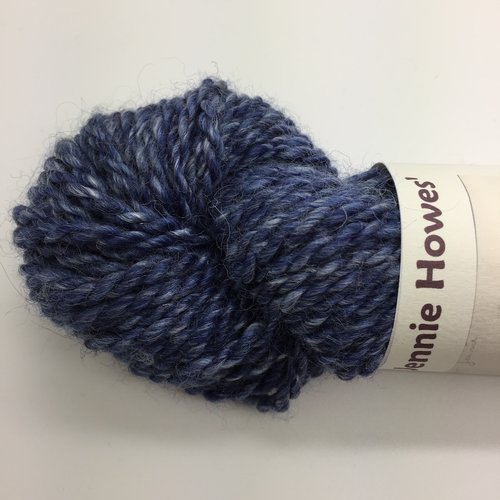 Lady Gwen - Content: 37.5% Shetland Wool, 37.5% Bluefaced Leicester wool, 25% Tussah SilkApprox length: 70mApprox weight: 81g