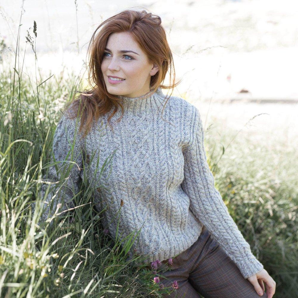 wys-croft-alana-sweater.jpg