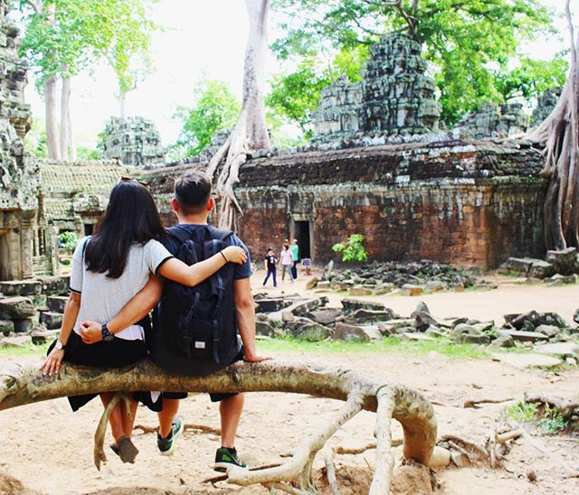 A month ago today we were exploring the ruins of Angkor Wat and Ba Yon in Cambodia. Happy Anniversary @gabesanjose It's been a whirlwind 8 years. To many more #SanTranTravels