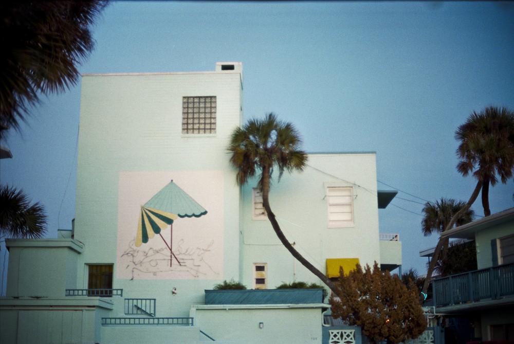 dolphin hotelll.jpg