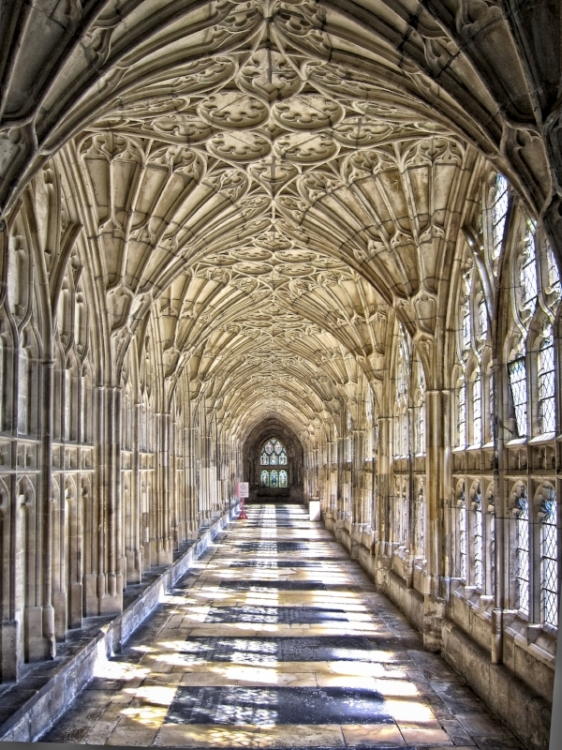 This picture uses a smaller aperture to highlight the detail in the cloisters at Gloucester Cathedral.