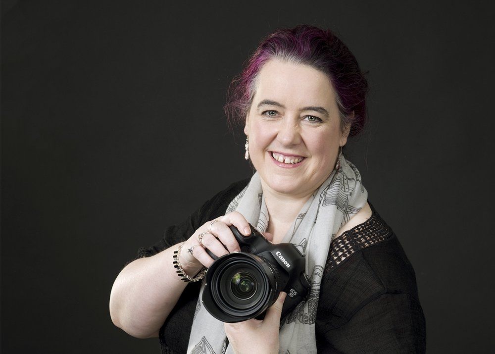 About - Learn more about Cath, the owner and portrait artist at Cath Smith Photography.