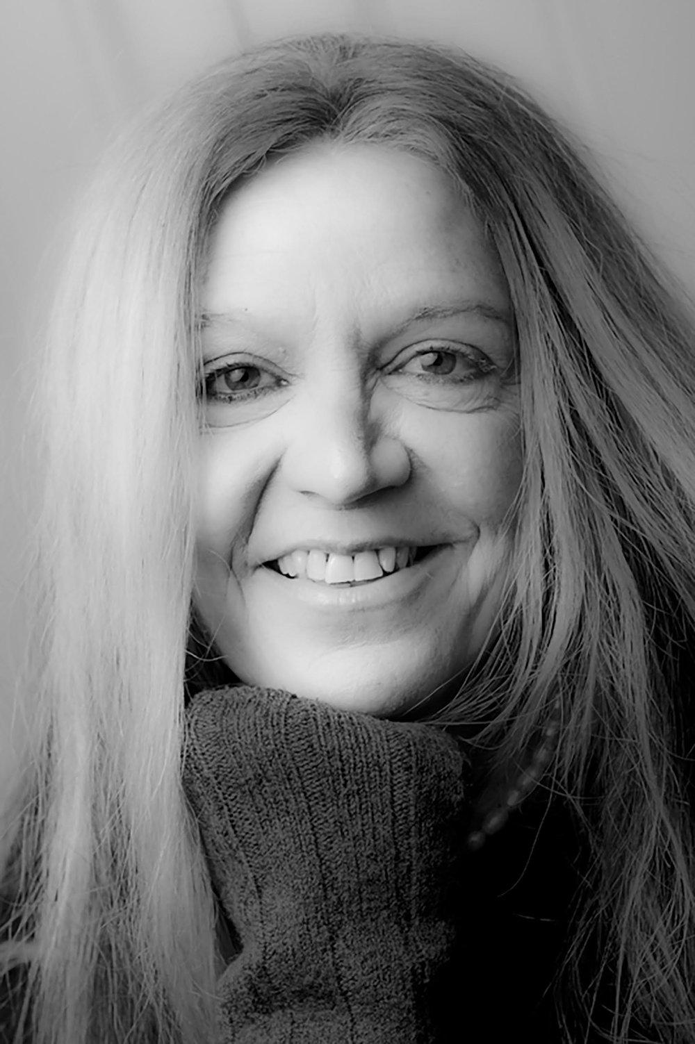 Silvia Nakkach.jpg