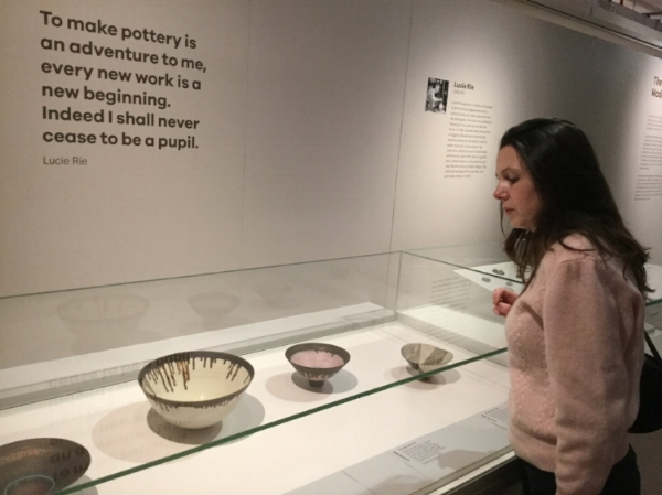 Admiring the pots- snapped by my name-dropping aunt