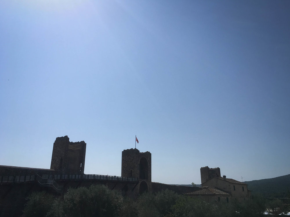 Monteriggioni Castle, saving southern Tuscany from the accursed Florentines for centuries