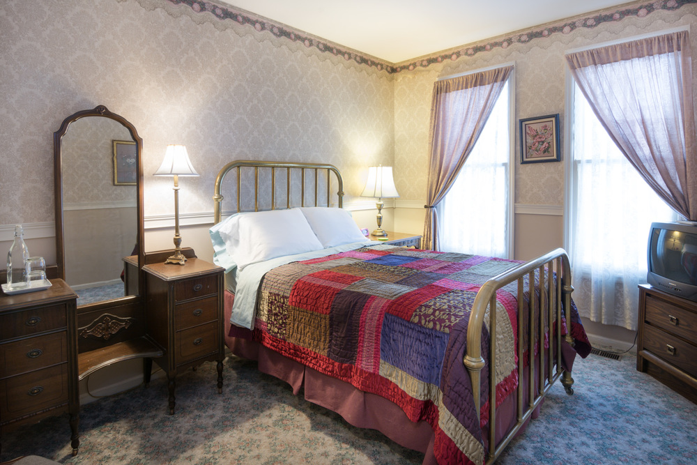 Harrison-House-Bed-and-Breakfast-Columbus-Ohio-Room-5-1